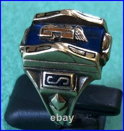 American 10 K (ct) Gold TCS College Eagle Graduation Ring By Balfour In 1969